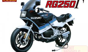 1:12 Scale Suzuki RG250 Model Kit #408