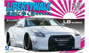 1:24 Liberty Walk White R35 GTR V2 Model Kit