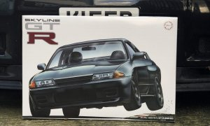 1:12 Scale MASSIVE Nissan Skyline R32 GTR Model Kit #1027