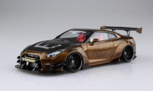 1:24 Scale Aoshima LB Works Nissan R35 GTR  Golden Liberty Walk #329p