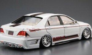 1:24 Scale Aoshima Toyota Crown K Break Hyper Zero Custom Model Kit #160p
