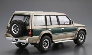 1:24 Scale Aoshima Mitsubishi Pajero / Shogun LWB V43W Exceed Model Kit #106p