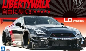1:24 Scale Aoshima LB Works Liberty Walk Nissan GTR R35 Type 2 Ver.2 Model Kit #330p