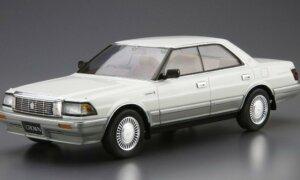 1:24 Scale Aoshima Toyota Crown V8 Royal Saloon G 1989 UZS131 Model Kit #86p