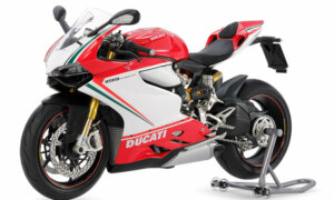 1:12 Scale Tamiya Ducati Panigale S 1199 Tricolore Model Bike Kit #1270
