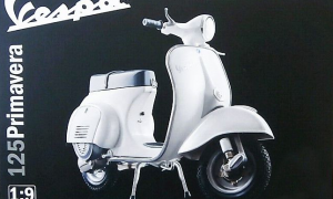 1:9 Scale Vespa Primavera 125 Scooter Model Kit #1252