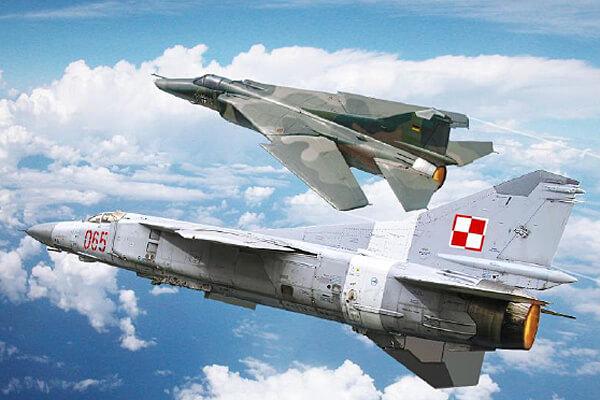 1:48 Scale Italeri MiG 23 MF/BN Flogger Plane Model Kit  #1405