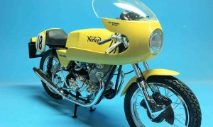 1:9 Scale Norton Commando 750cc Disc Classis Motorcycle Model Bike Kit #