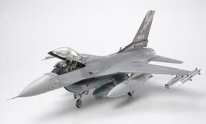 1:48 Scale Tamiya F-16C Black 25/32 Plane Model Kit  #1436p
