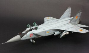 1:72 Scale Zvezda MIG-31 Soviet Fighter Interceptor Plane Model Kit  #1419
