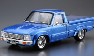 1:24 Aoshima Scale Toyota Hilux Longbed LiftUp 95' Car Model Kit #1526P