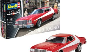 1:25 Scale Revell Ford Turino Starsky & Hutch Model Car Kit #1640