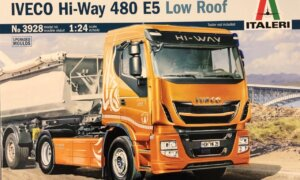 1:24 Scale Italeri Iveco Hi-Way 490 ES (Low Roof) #