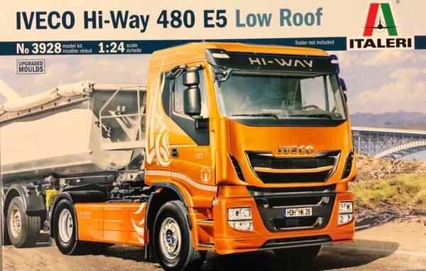 1:24 Scale Italeri Iveco Hi-Way 490 ES (Low Roof) #