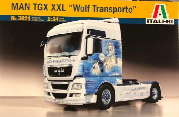 1:24 Scale Italeri M.A.N. TGX XXL Worlf Model Kit #