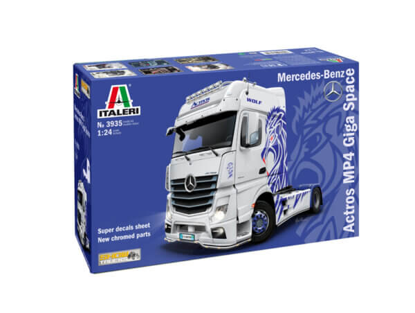 1:24 Scale Italeri Mercedes Benz Actros MP4 Showtruck Model Kit  #