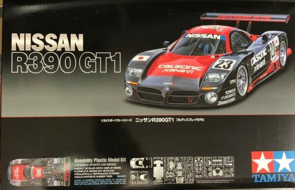 1:24 Tamiya Nissan R390 GT1 Model Kit #1677