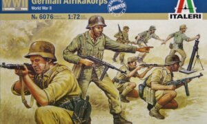 1:72 Scale Italeri WW2 Diorama models - German Afrikakorps # 1717