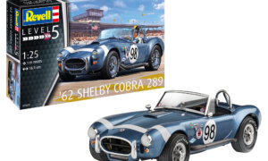 1:25 Scale Revell 62' Shelby AC Cobra #1698