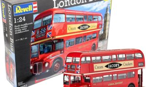 1:24 Scale Revell London Bus #1702