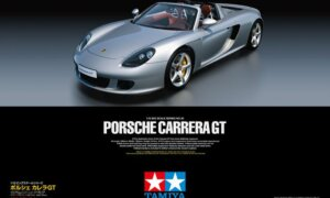 1:12 Scale Tamiya HUGE Porsche Carrera GT Model Kit  # 1731