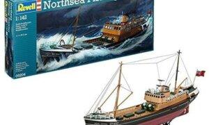 1:142  Scale Revell North Sea Fishing Trawler Boat Model Kit