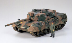 1:35 Scale Tamiya West German Leopard A4 Model Kit